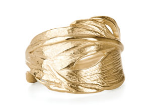 Chupi yellow gold vermeil I Can Fly Swan ring