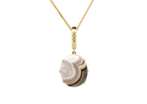 Sorrel Bay 18ct recycled yellow gold, Canadamark diamonds and lace agate necklace
