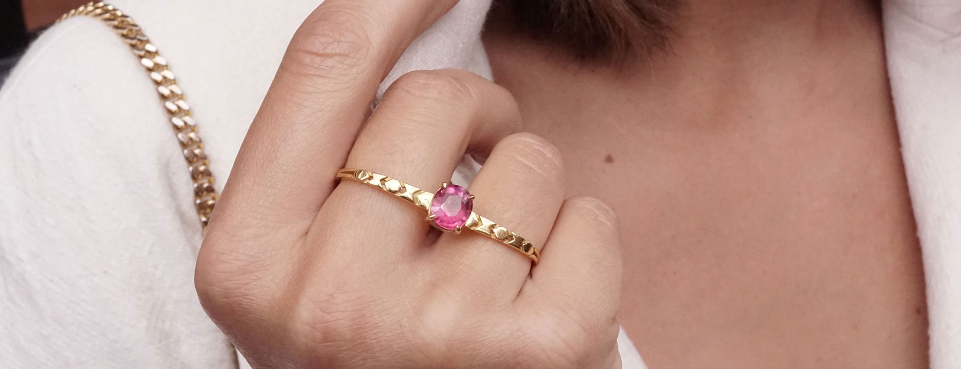 Mocielli yellow gold and pink tourmalline Shooting Star double ring