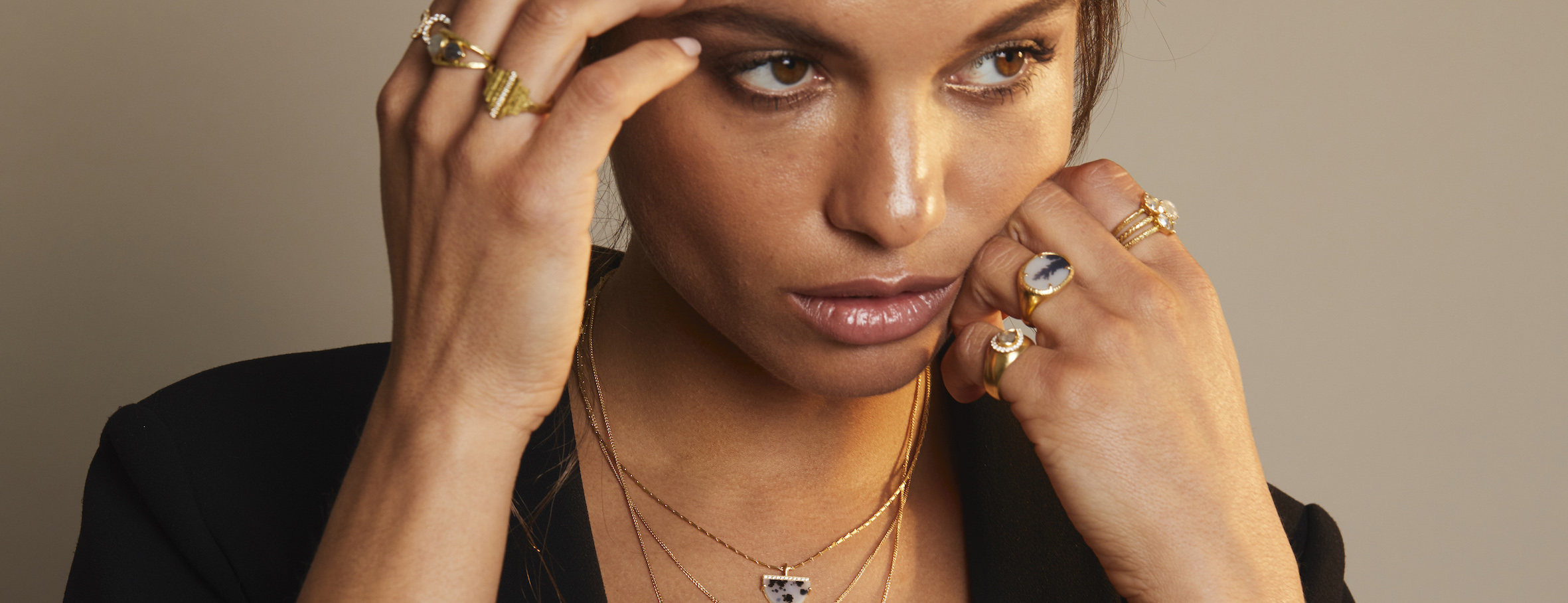 Sorrel Bay ethicaly made gold and gemstone Linea jewelery collection