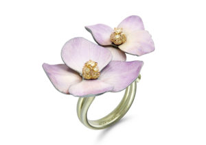 Boucheron titanium flower ring with natural petals and jonquille diamonds