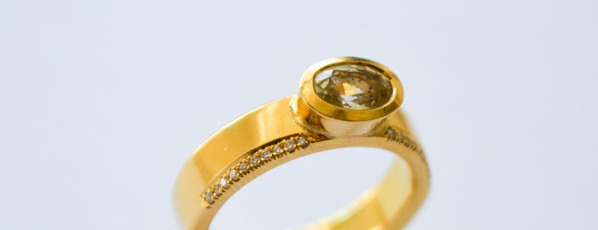 Libby Rak 18ct yellow gold, diamond and yellow sapphire ring