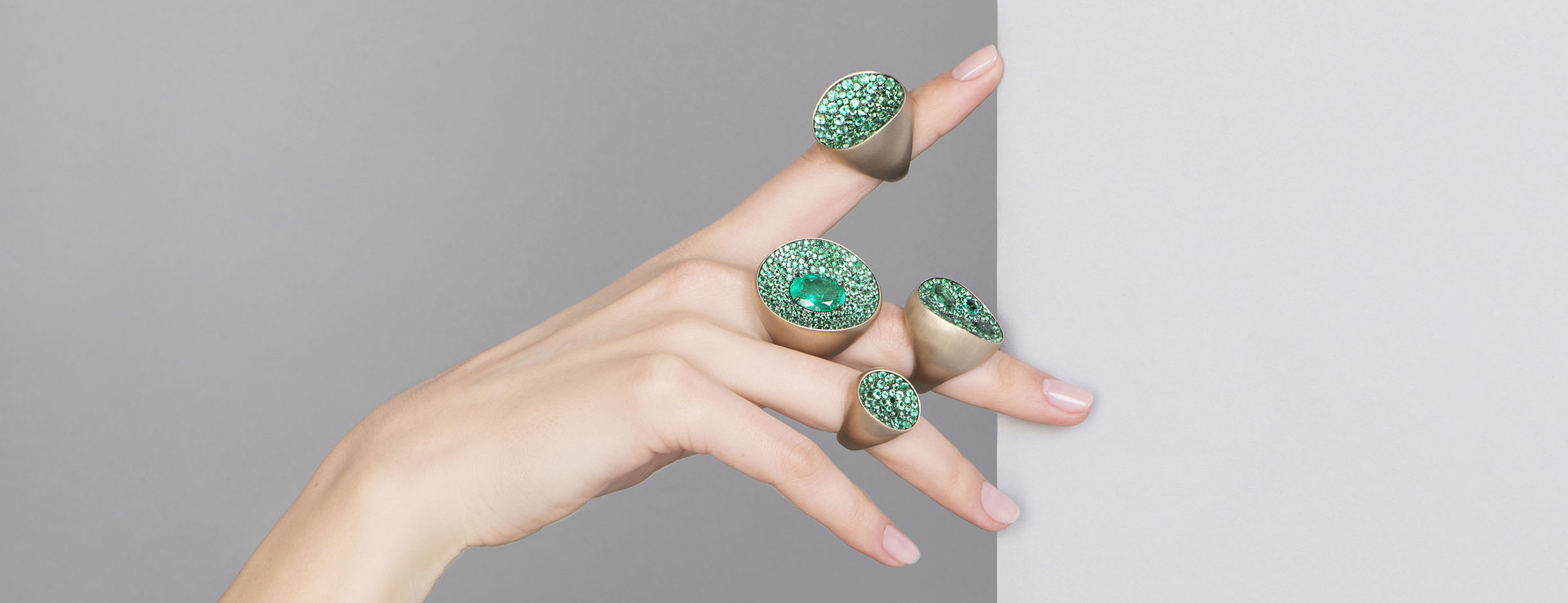 Antonini 18ct gold and emerald rings from the Extraordinaire collection