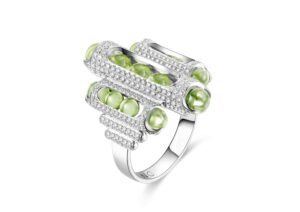 Zeemou Zeng 18ct white gold and diamond pavé Melody cocktail ring set with Fuli Gemstones peridot beads