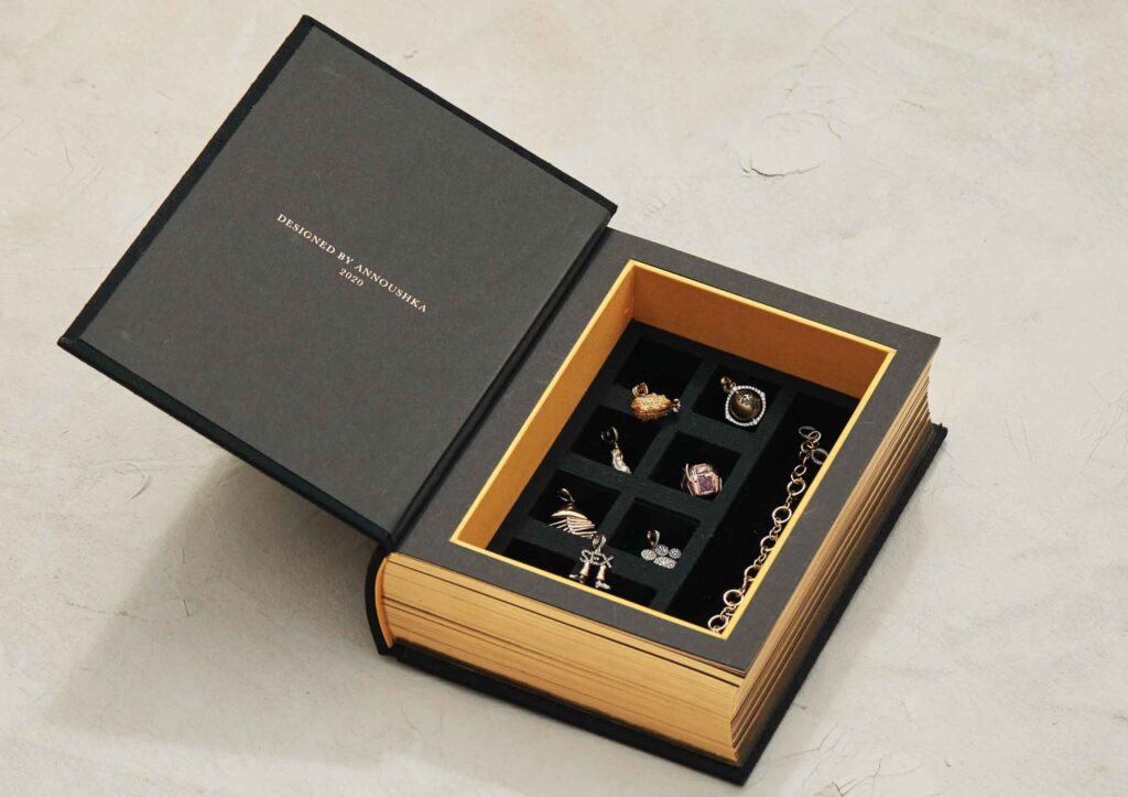 Annoushka My Life in 7 Charms box