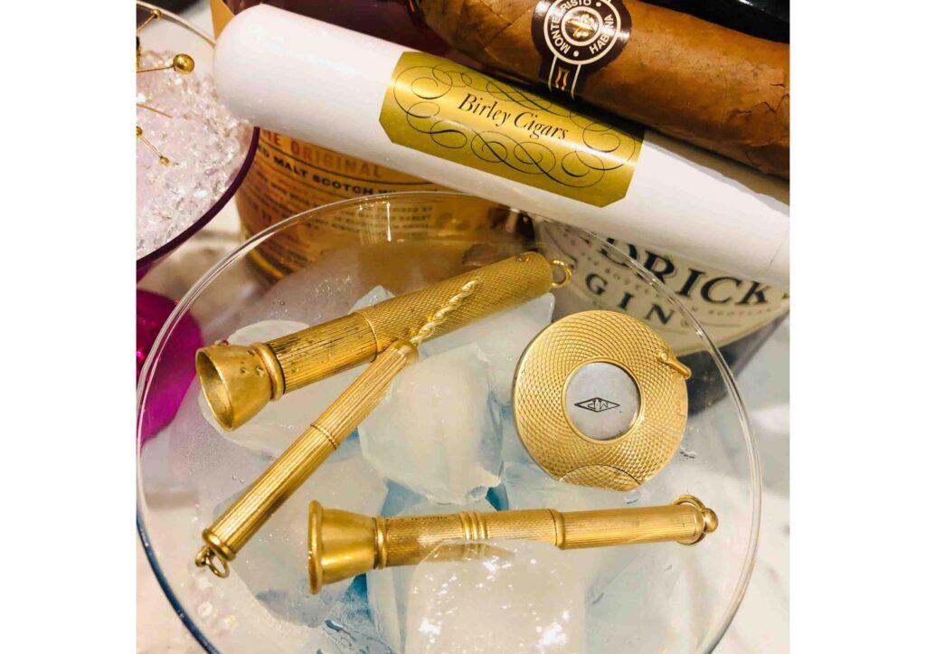 Baroque Rocks vintage gold cigar aerator pendant at The Jewellery Cut Shop