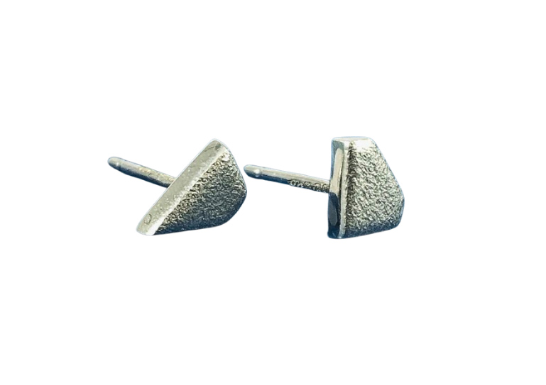 Charlotte Cornelius silver Diamond Lagoon asymmetric stud earrings