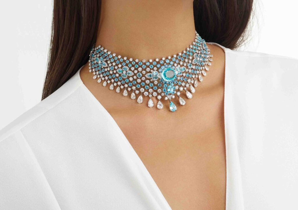 David Morris Azul choker with 41ct Paraiba Tourmaline and 40ct pear, round and triangle cut white diamonds, set in 18ct white gold.