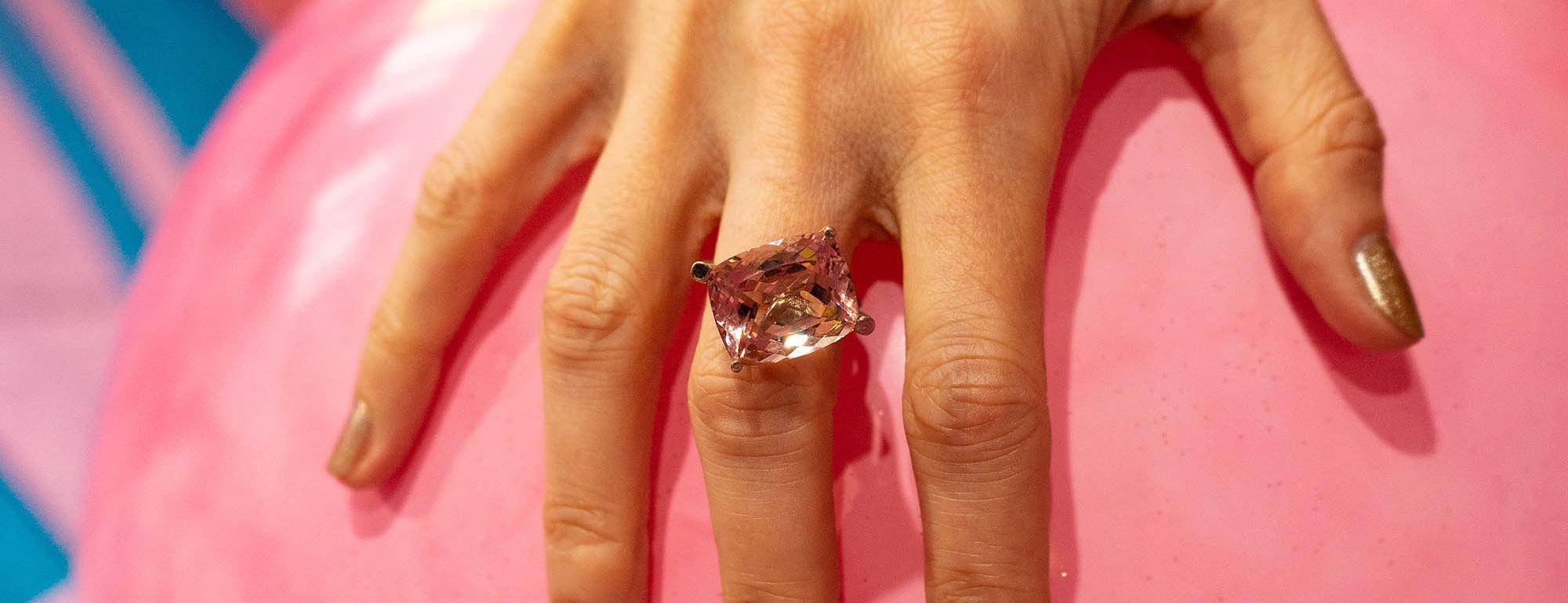 Eva Gems & Jewels pink gemstone ring