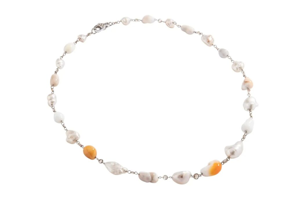 Melo pearl necklace at Iskenderian