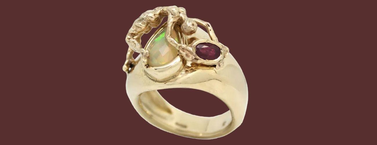 Ruby Taglight ring