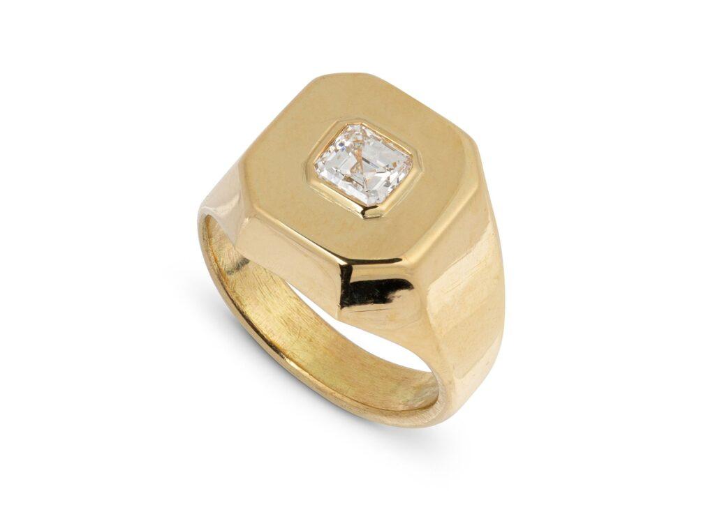 Jessie Thomas gold and diamond signet ring